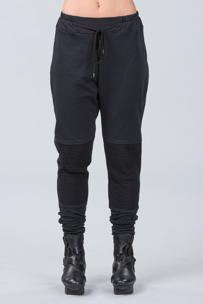 Retreat luxe trackies - black