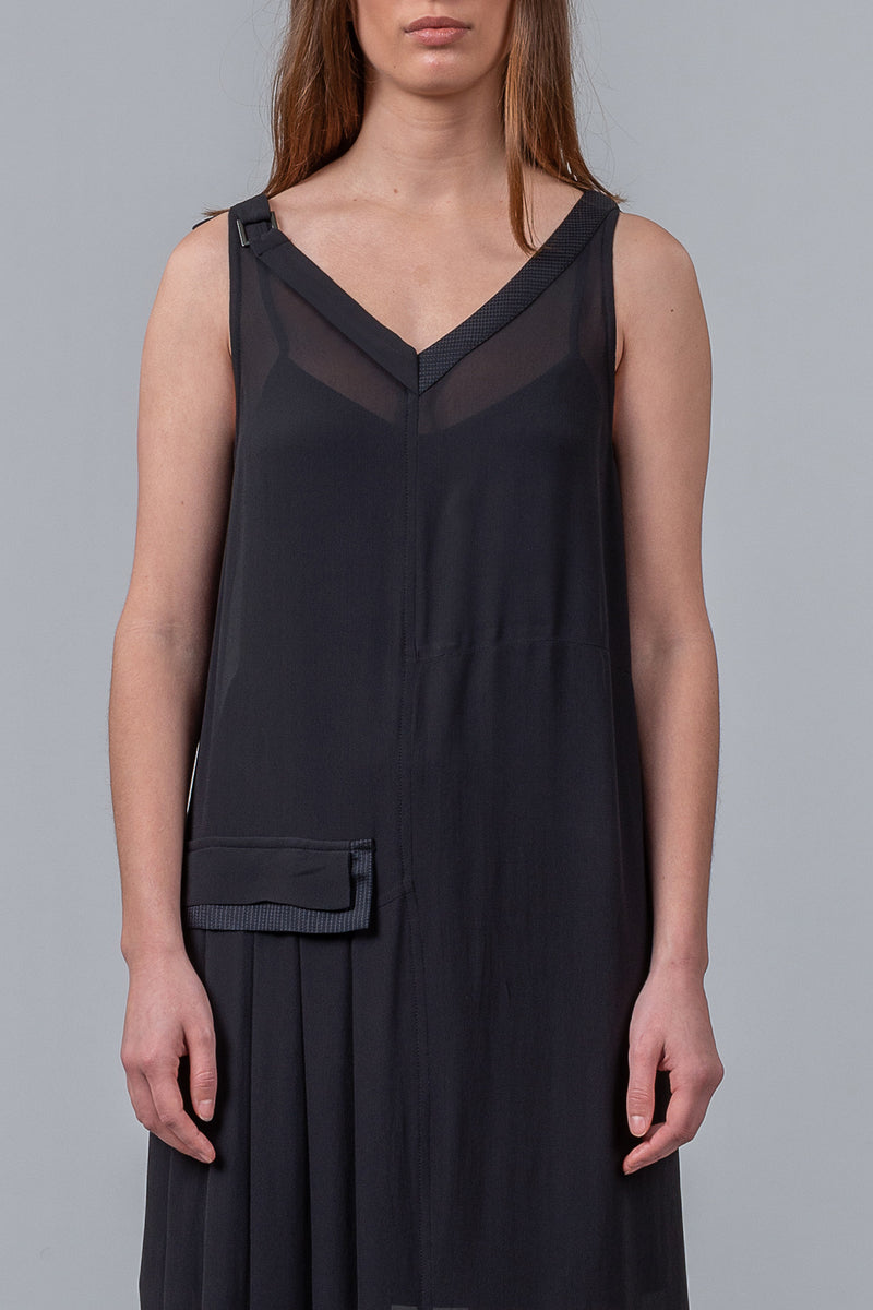 Foundation Dress - black