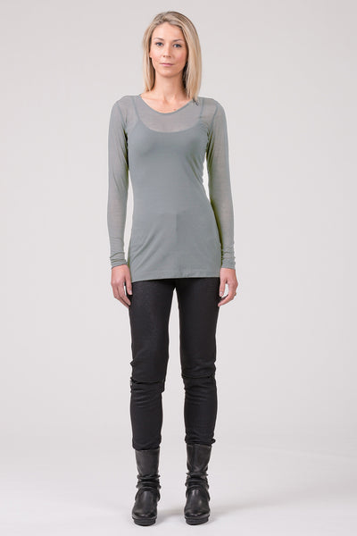Baseline superfine merino top - ice