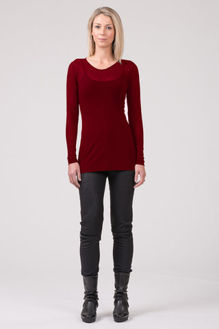 Baseline superfine merino top - ruby