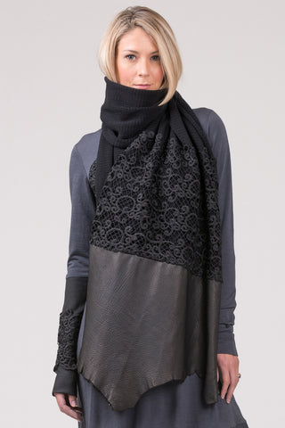 Stories in Stone - scarf - black