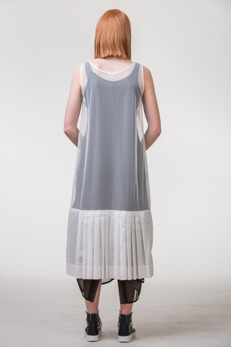Optic Dress - white