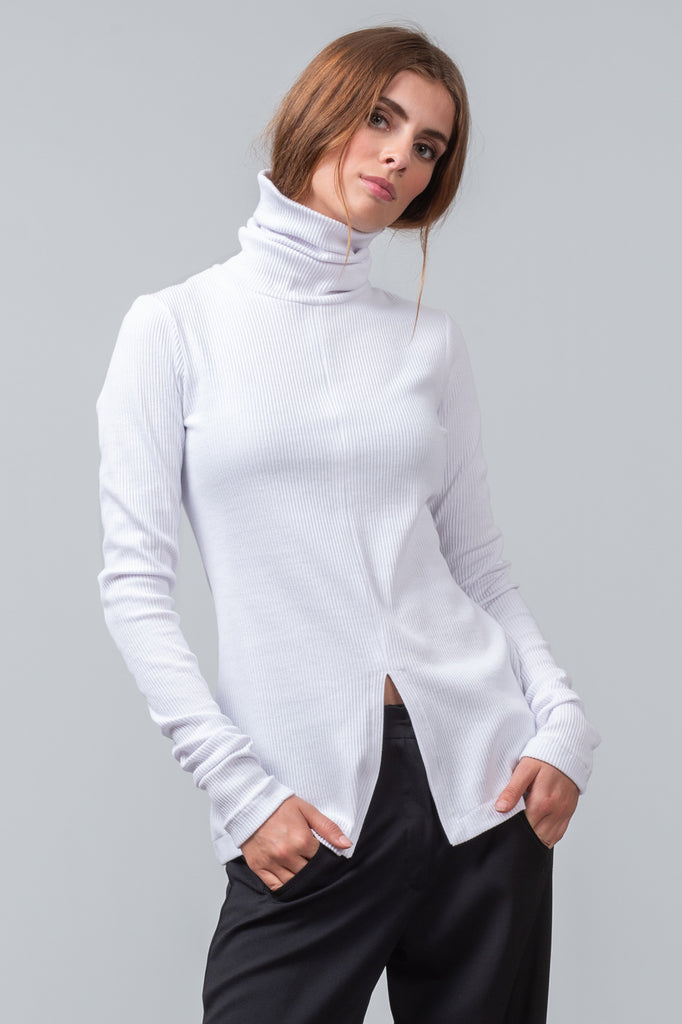 FUNNEL NECK T - White