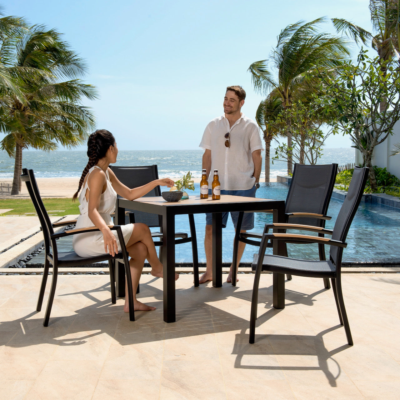 Cube Dining Set - 4 Seater