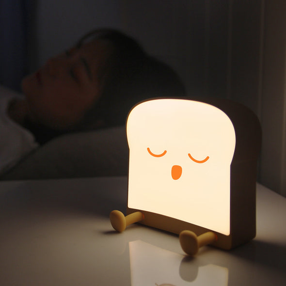 Cute Toast Night Lamp With Bracket