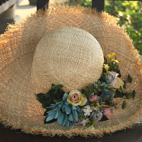Flower Raffla Hat