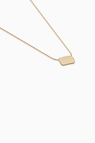 Curved Plaque Necklace | Gold