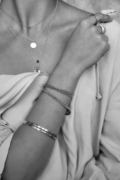 Ribbon Bangle | Silver