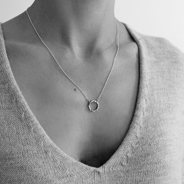 Organic Circle Necklace | Gold