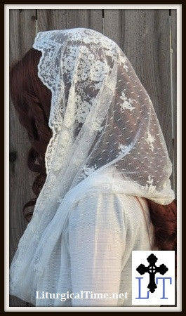 Infinity Veil EVM14 - Eternity Veil Headcovering - The Infinity Scarf Mantilla Veil Original, in Embroidered Ivory Lace