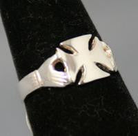 Claddagh Cross Ring