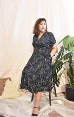 Load image into Gallery viewer, Plus Size Wrap Maxi Dress