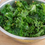 Raw lemon garlic kale salad