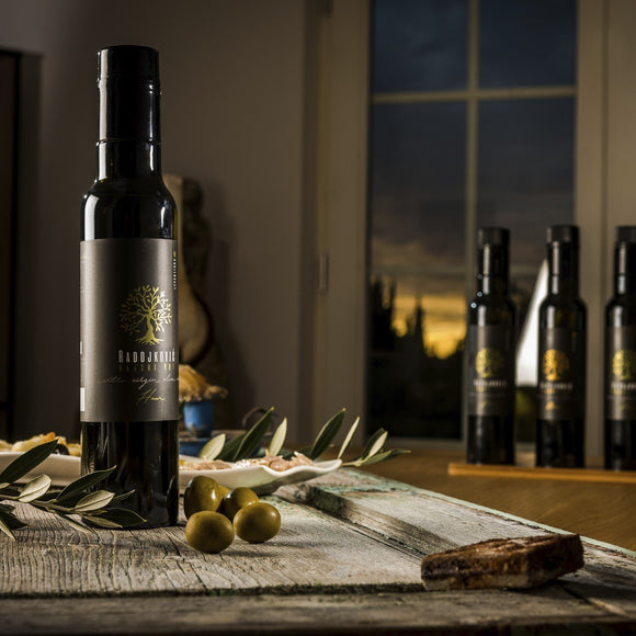 Top 10 hints on how to choose a perfect olive oil