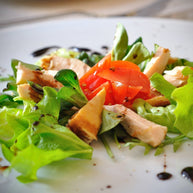 Truffle salad with turkey strips