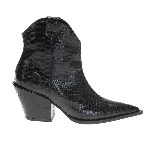 Wicker Boot Black Snake