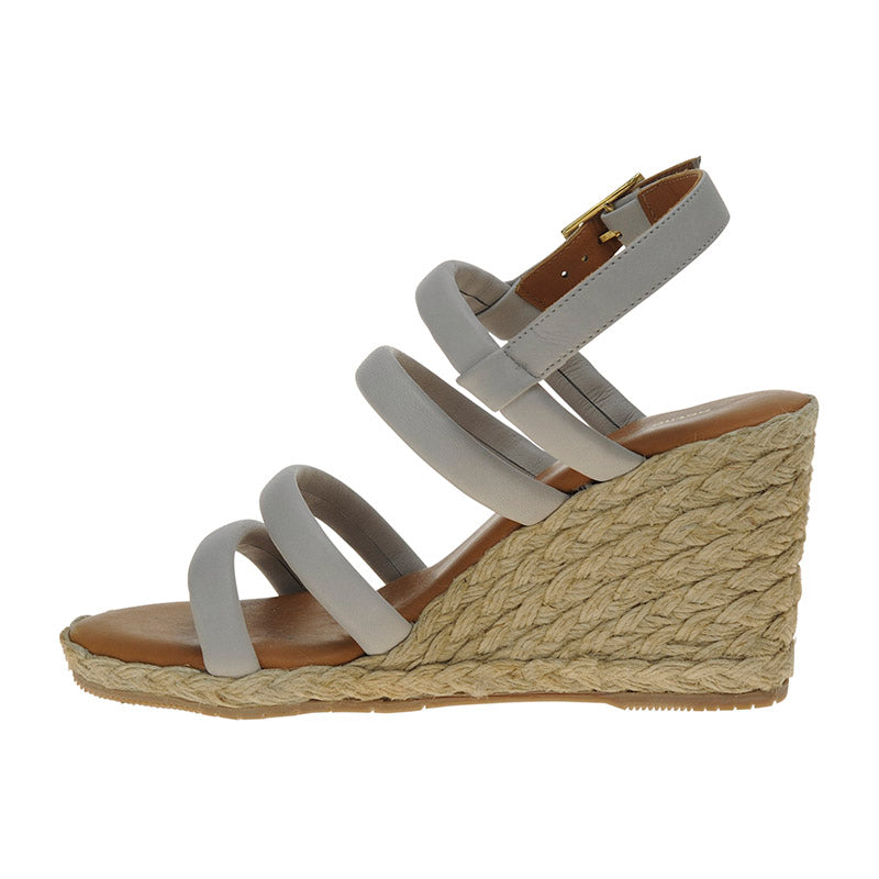 Linkage Wedge Taupe