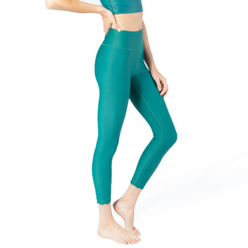 Mid-rise Legging with Scallop Hem Detail from Chill By Will