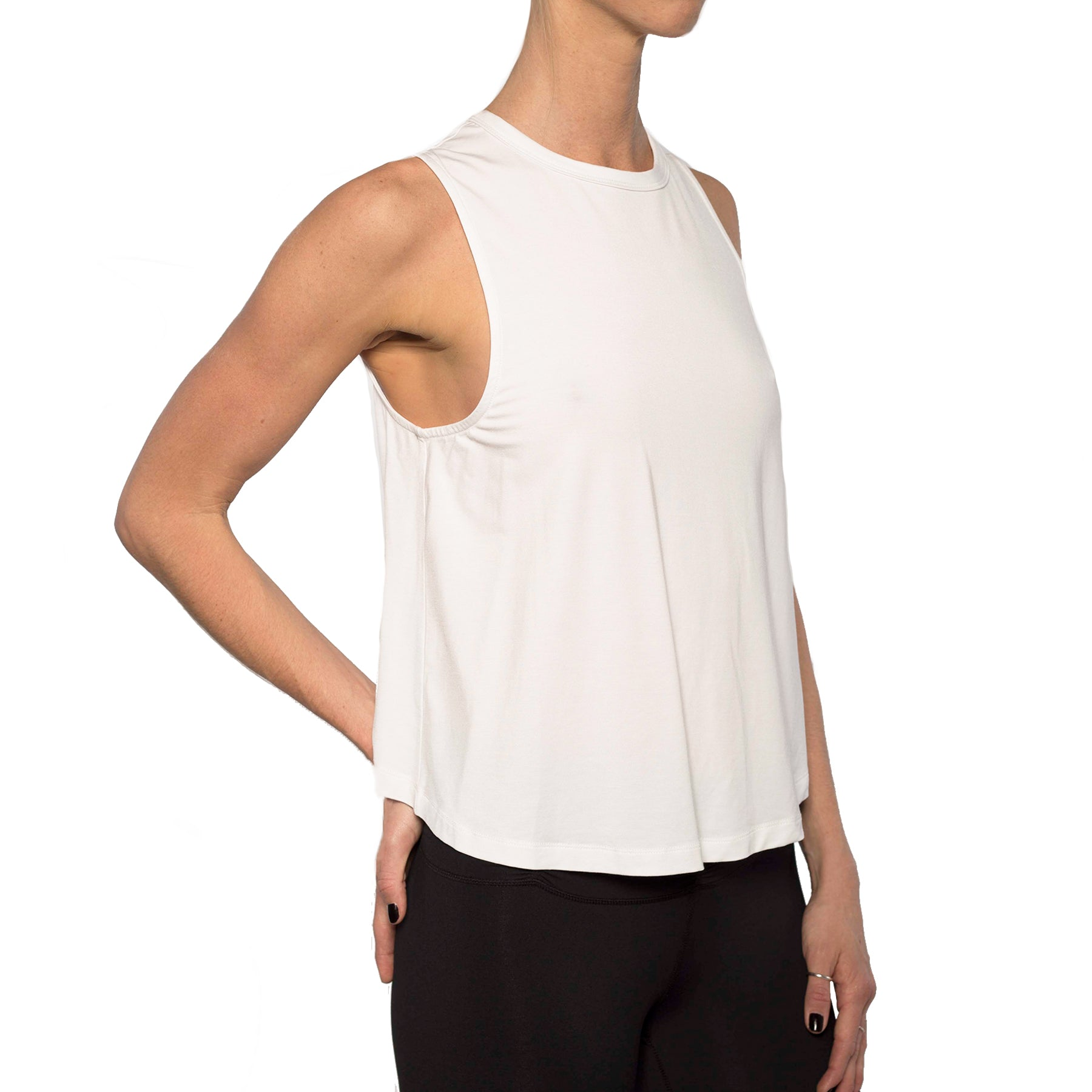 TRUST TWIST BACK MUSCLE TANK WHITE