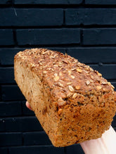 Load image into Gallery viewer, Big Sprouted Rye Loaf 2,1kg