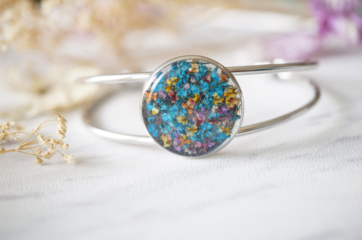 Real Dried Flowers and Resin Bracelet in Blue Party Mix