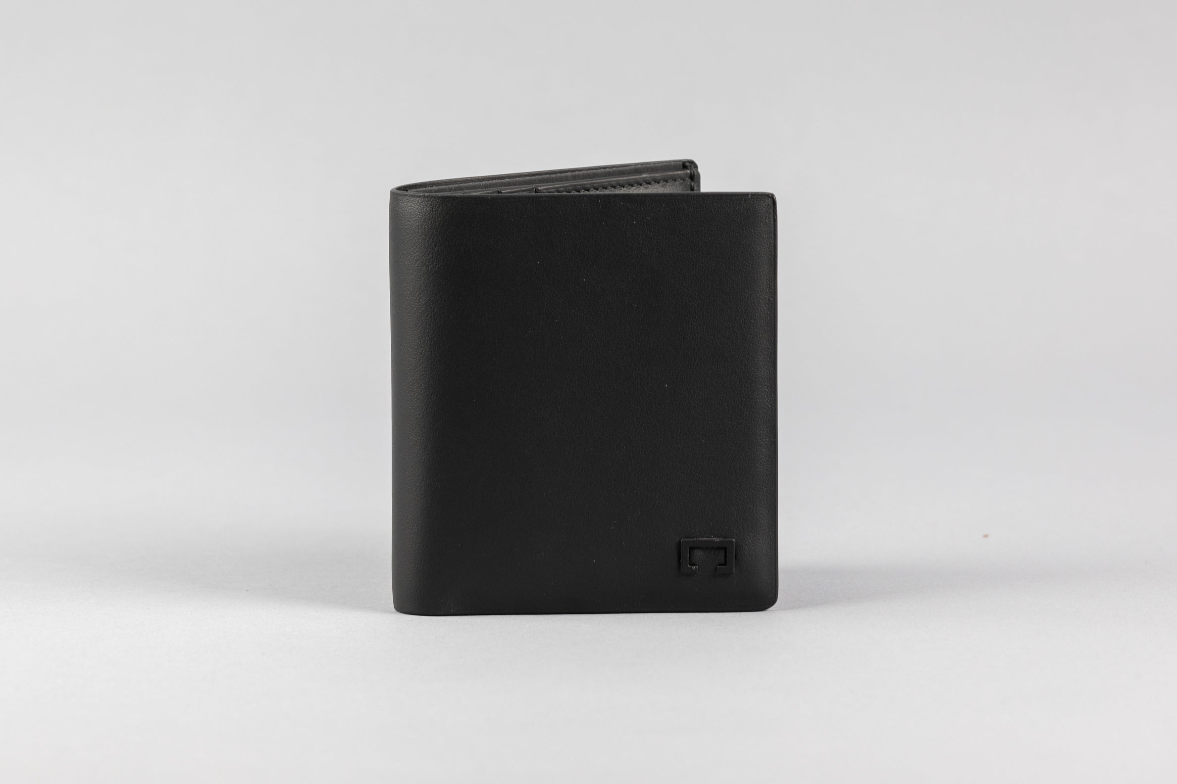 Black Calf Matte Wallet (510K)