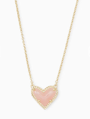Ari Heart Short Pendant