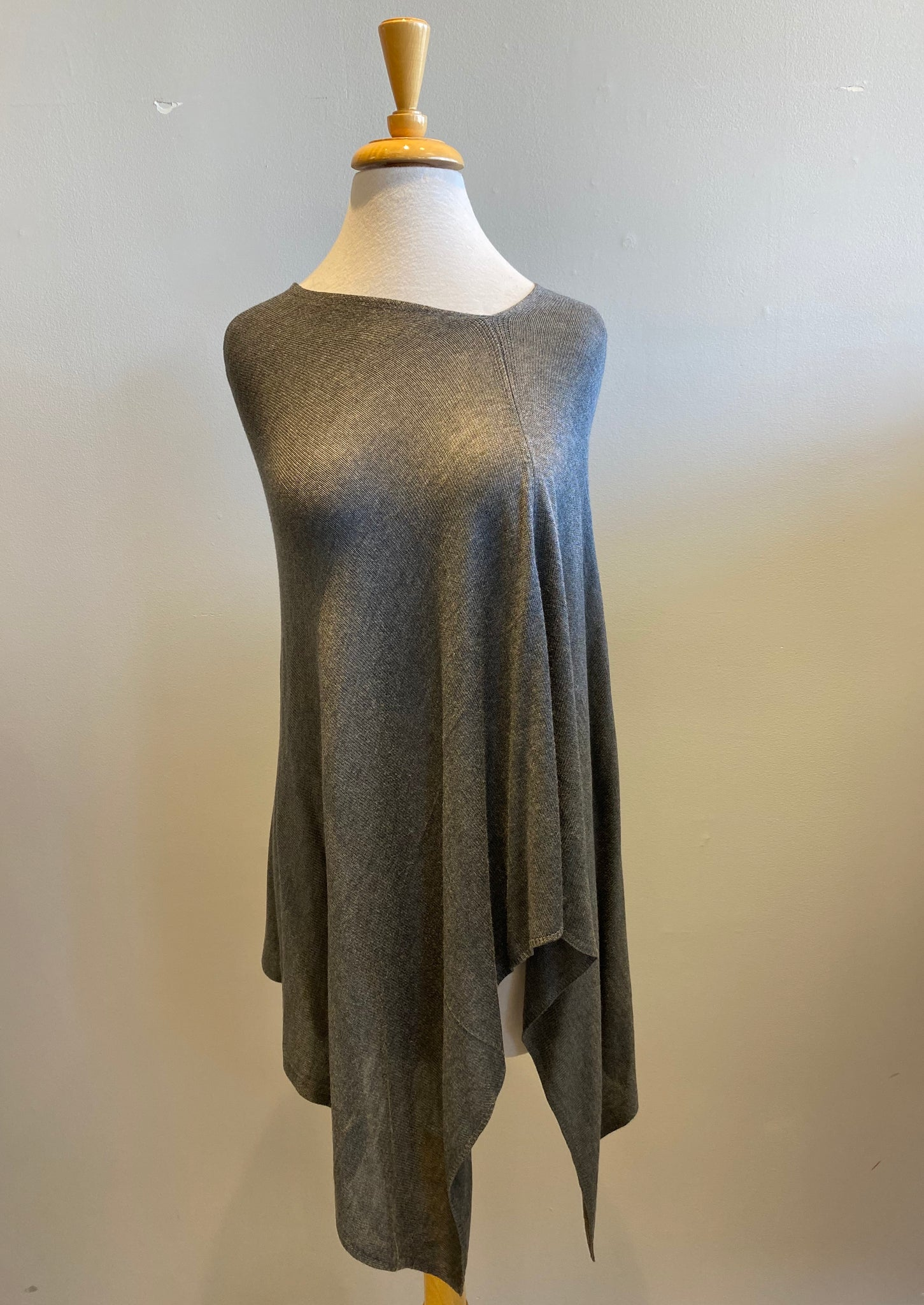 Lexi York Basic Poncho - Showroom56