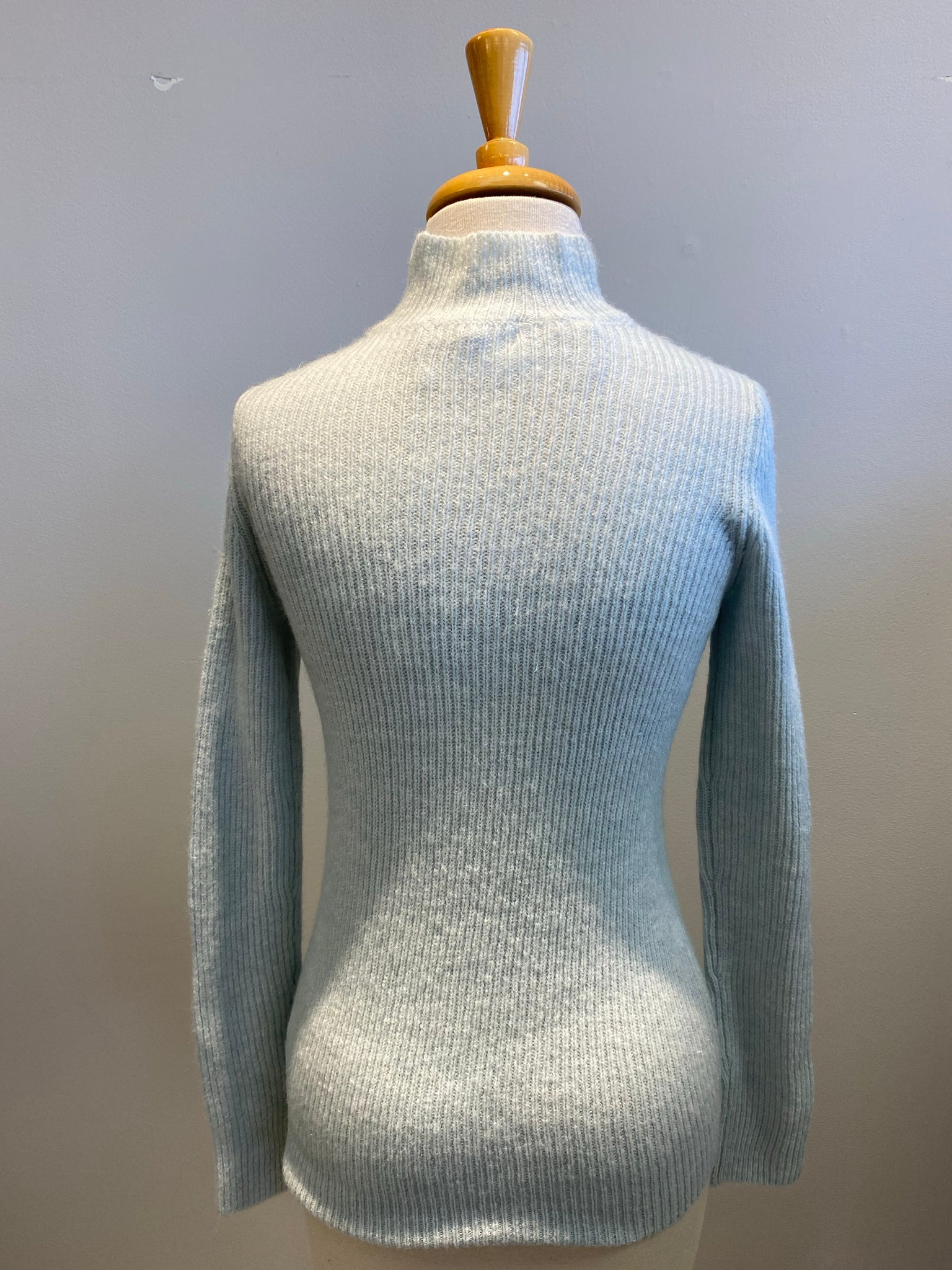 BB Dakota Chic Show Sweater - Showroom56