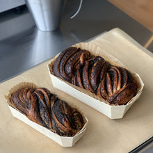 Load image into Gallery viewer, Poppyseed Babka