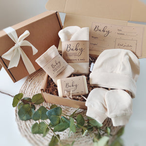 Load image into Gallery viewer, Personalised Newborn Eco Friendly Vegan Gift Set