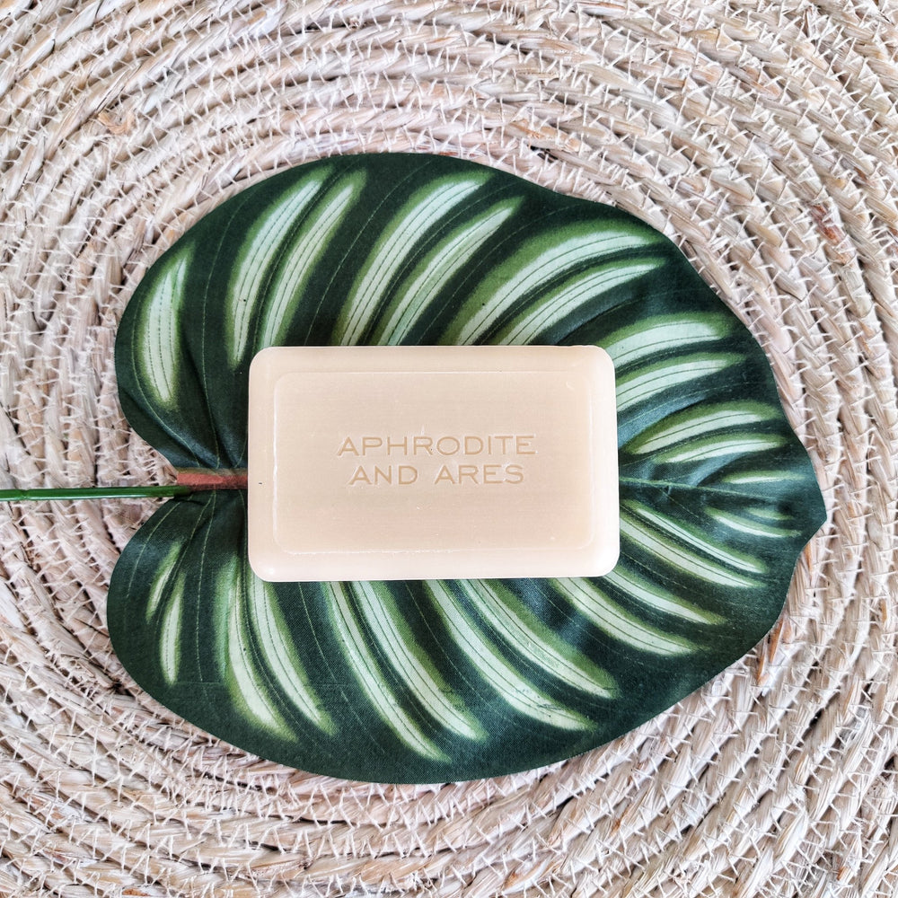 Load image into Gallery viewer, Vegan Soap with organic Shea Butter
