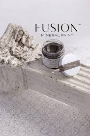 Ageing Furniture Wax Fusion Mineral Paint
