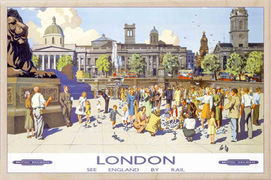 TRAFALGAR SQUARE-[wooden_postcard]-[london_transport_museum]-[original_illustration]THE WOODEN POSTCARD COMPANY