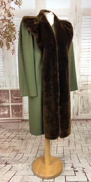 LAYAWAY PAYMENT 1 of 2 - RESERVED FOR CAROL - PLEASE DO NOT PURCHASE - Original 1940s 40s Vintage Sage Green Ladies Wool Coat With Rich Brown Fur Collar
