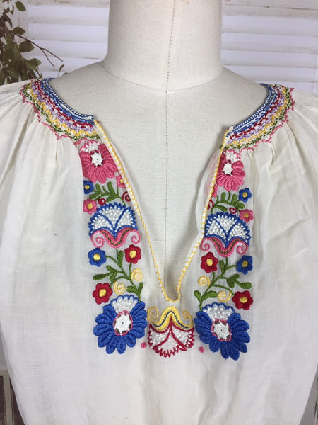 Original 1930s White Vintage Hungarian Peasant Folk Blouse With Flower Embroidery
