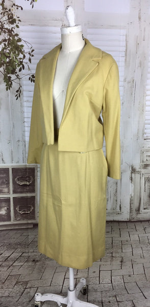 Original Late 1940s / Early 1950s Gold Yellow Wool Vintage Skirt Suit Cropped Jacket
