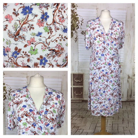 Original 1940s 40s Vintage White Crepe Novelty Print Of Trees And Flowers Wrap Day Dress