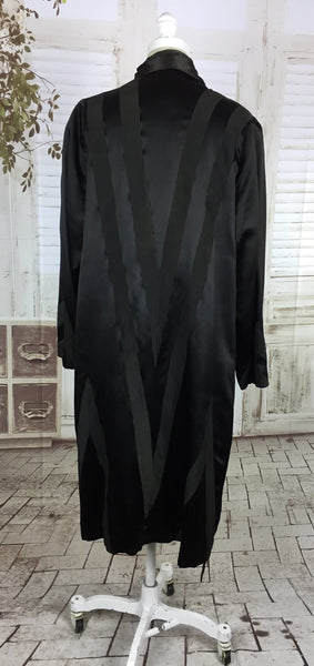 Original 1920s Vintage Black Satin Geometric Chevron Art Deco Flapper Coat By Gauche