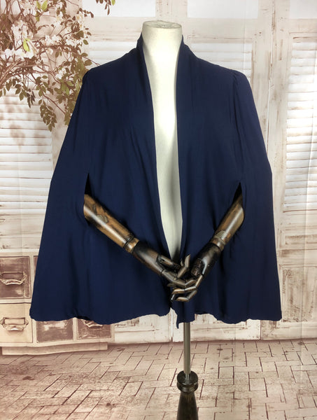 Original 1930s 30s Vintage Blue Crepe Cape With Gathered Shoulders