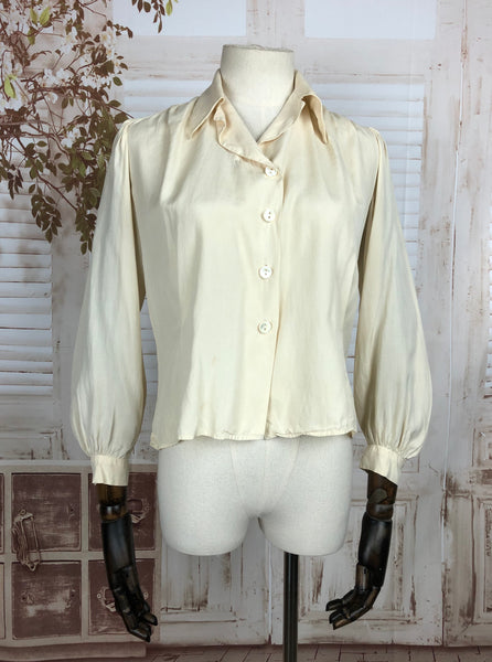 Original 1940s 40s Vintage Silk Cream Blouse With Bishop Sleeves
