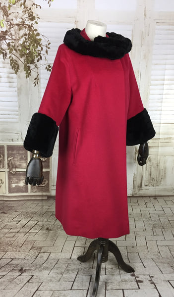 Original 1950s 50s Raspberry Red Cashmere Wool Clutch Coat With Dark Brown Black Shorn Fur Collar And Cuffs