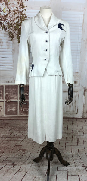 Original Late 1940s 40s Vintage White Linen With Silk Fleck Summer Skirt Suit With Blue Embellishments