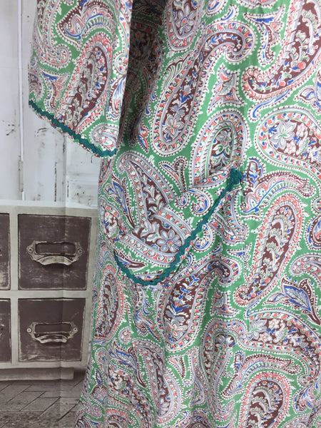 Original 1950s Volup Vintage Green Paisley Housedress