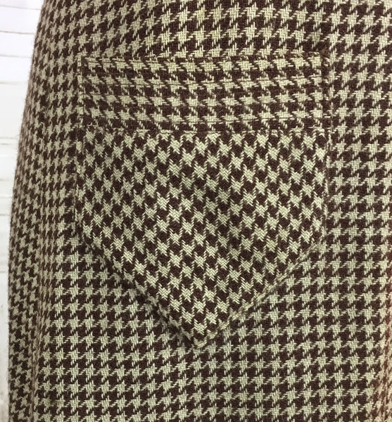 Original 1930s Vintage Ladies Brown Beige Houndstooth Tweed Coat With Puff Shoulders And Norfolk Belt Back