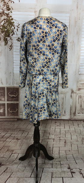 Original 1920s 20s Vintage Cream Blue And White Floral Crepe Drop Waist Blousy Dress With Integral Slip