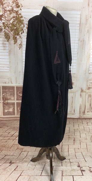 Original 1920s 20s Vintage Art Deco Cape With Embroidery And Tassels