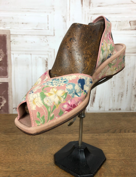 Original 1940s 40s Vintage Pink Floral Wedge Shoes With CC41 Utility Label