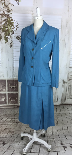 Original 1950s Sky Blue Vintage Linen Summer Suit With Embroidered White Arrows By Koret Of California