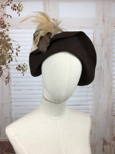 Original 1940s 40s Vintage Brown Hat With Feather Decoration